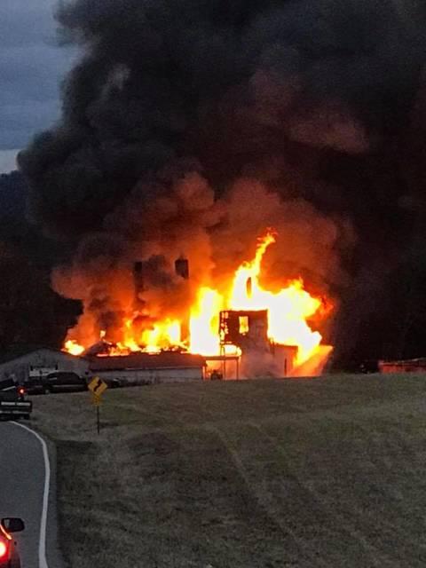 119151528 web1 Buis house fire Raychel Johnson.